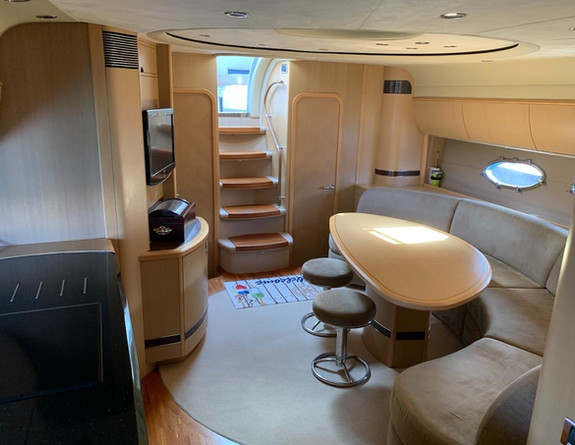 Luxury interior Yacht Charter Princess V58