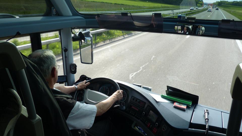 chauffeur bus