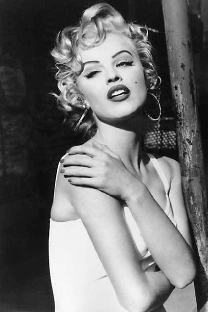 Eva Herzigova From Bettie to Marilyn