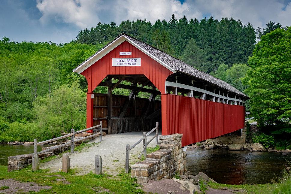 Kings Bridge Red wooden Covered Bridge r