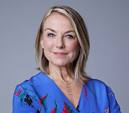 Esther_Perel_Headshot_Vertical_contentfu