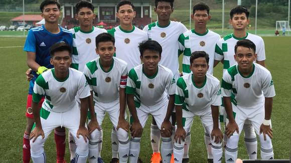 Bola Sepak : Pasukan SSMP Bawah 15 Juara Kejohanan Piala Jemputan JDT 2018