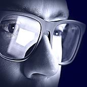 Szemüveges-kek FICKÓ web.png