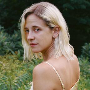 Pale, el nuevo sencillo estrenado por Helena Deland