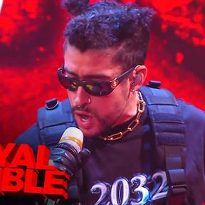 Mira la presentación de Bad Bunny en el Royal Rumble de la WWE