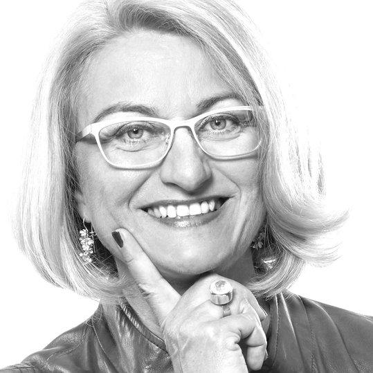 Katrin Redmann, Connector