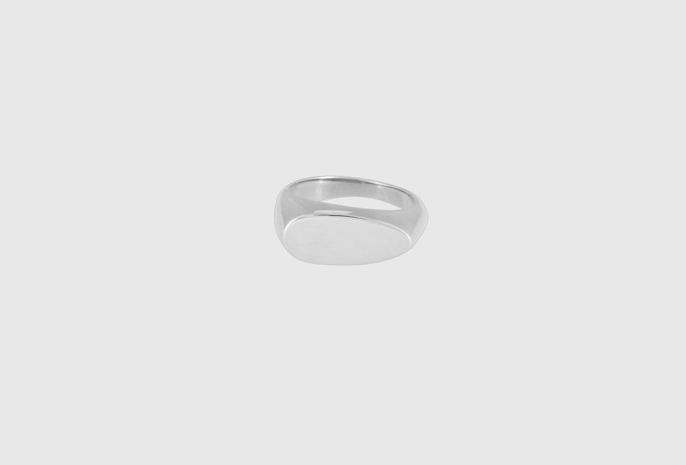 the signet ring oval silver