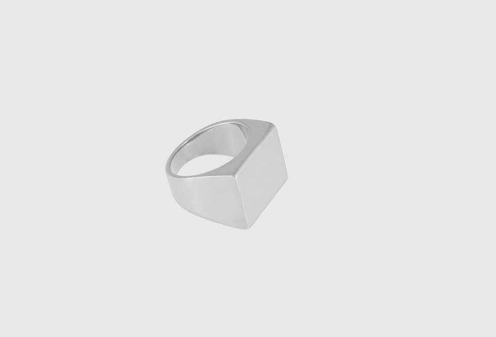 the signet ring silver