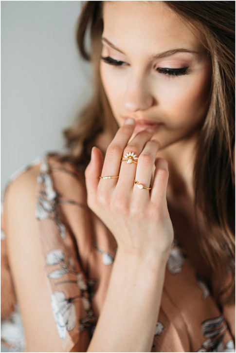 Willow & Grey Jewelry ad