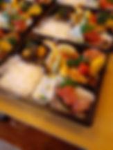 2003えびす食堂弁当(刺身入り).jpg