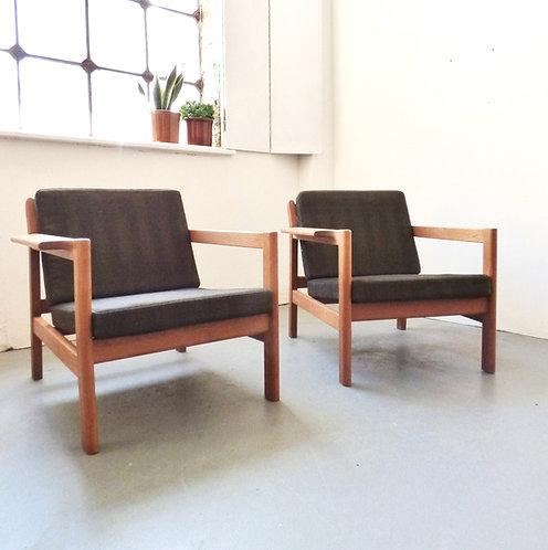 Børge Mogensen 227 oak armchairs