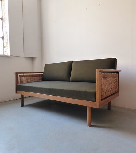 1950s Danish 2 seat oak daybed/sofabed