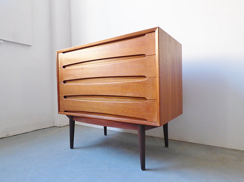 Mid-century teak chest by Skovby Møbelfabrik