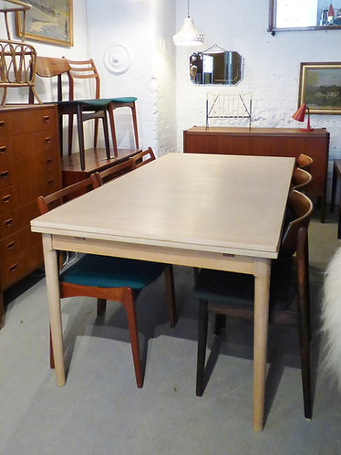 Large 1960s Danish oak dining table by Kai Winding