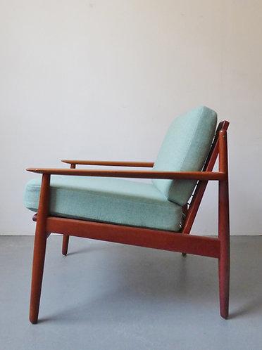 Grete Jalk style armchair