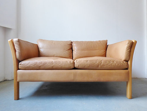 Light tan leather 2 seat sofa by Stouby