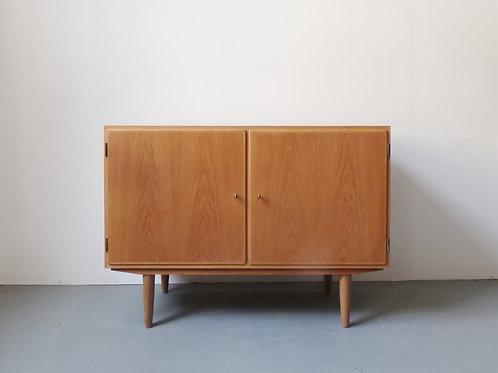 1960s Danish oak sideboard by Carlo Jensen for Hundevad