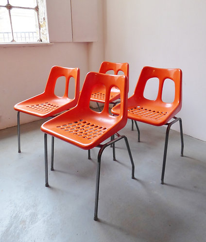 Set of 4 1970s plastic dining chairs by Plasson