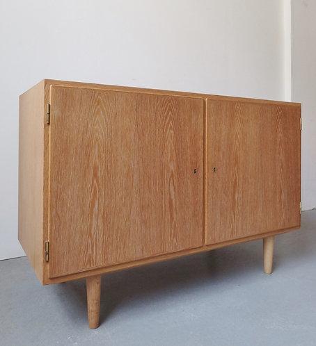 Hundevad oak sideboard 108cm