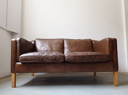 Light brown leather 2 seat sofa - Stouby