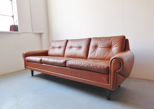 1970s Danish tan leather 3 seater with buttons