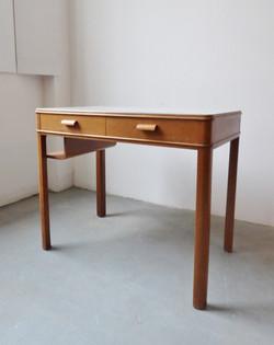 Sold - Desks