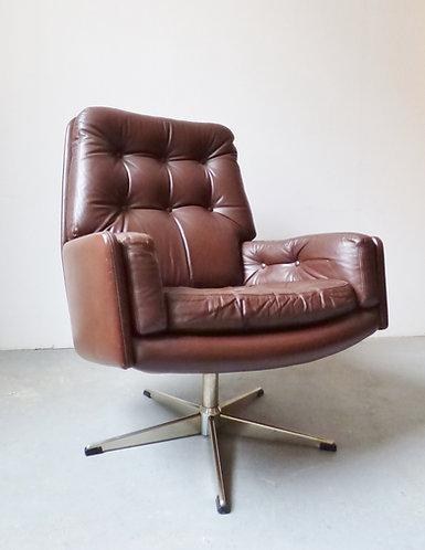 1970s Danish brown leather swivel chair by Farstrup