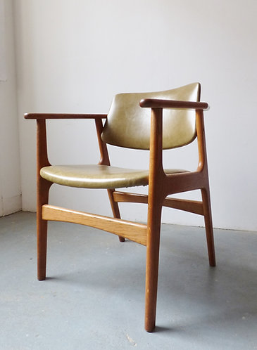 1960s Danish oak and leather desk chair
