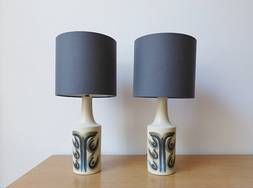 Pair of ceramic table lamps by Okela front view