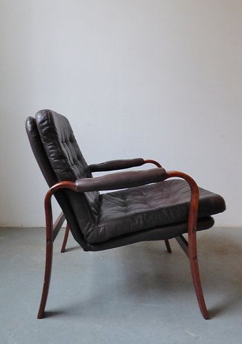 1970s Scandinavian leather and bentwood armchair
