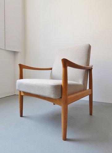 Vintage Fritz Hansen chair