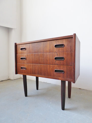 Danish rosewood chest of 3 drawers with recessed handles