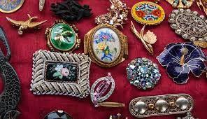 Jewelry in Dreams