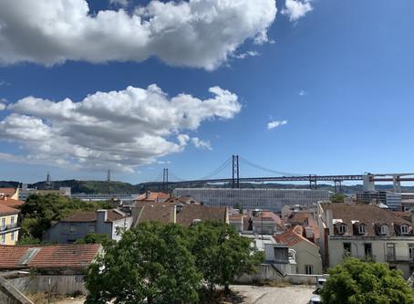 Quais os primeiros documentos que preciso tirar quando chegar em Portugal?
