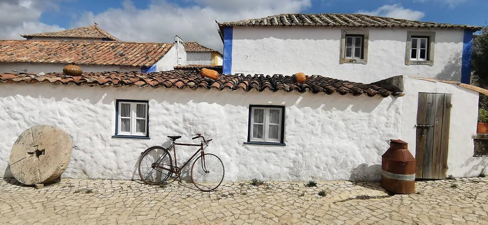 Casas saloias na Aldeia da Mata Pequena