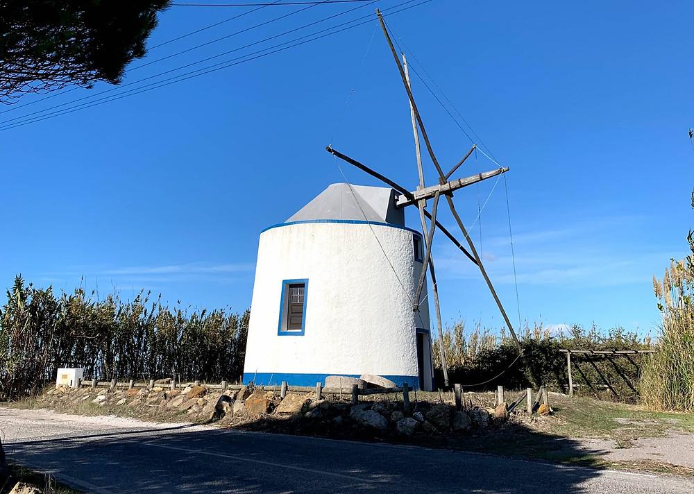Moinho pelas estradas de Portugal