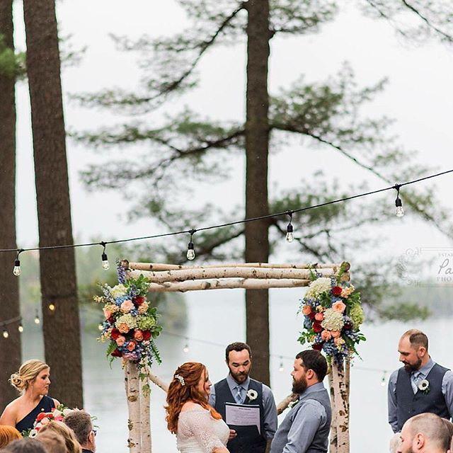 wedding ceremony at migis lodge in casco maine on sebago lake