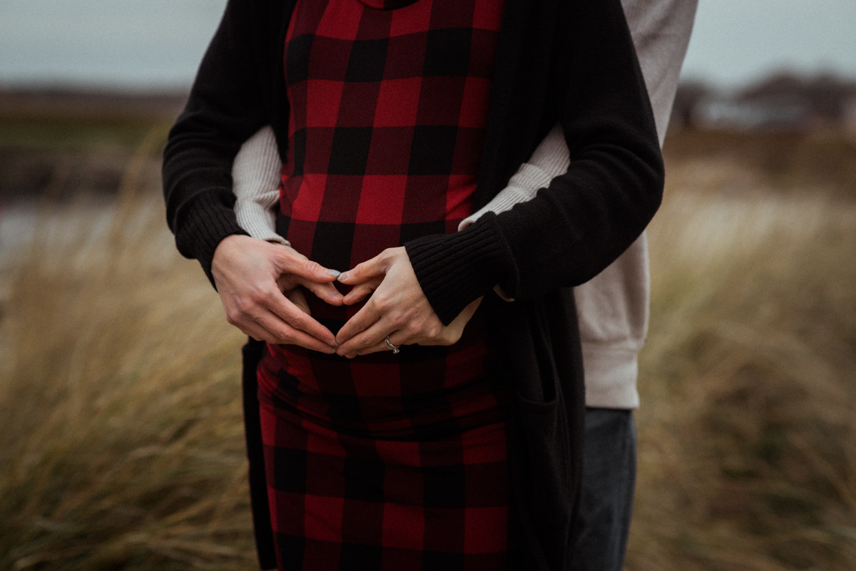Southern Maine Maternity Photographer