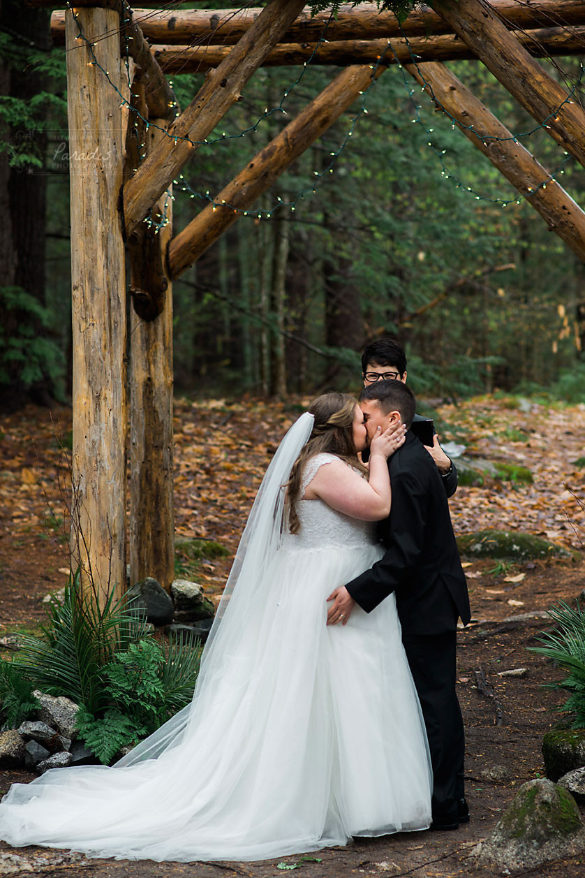 first kiss at maine wedding ceremony