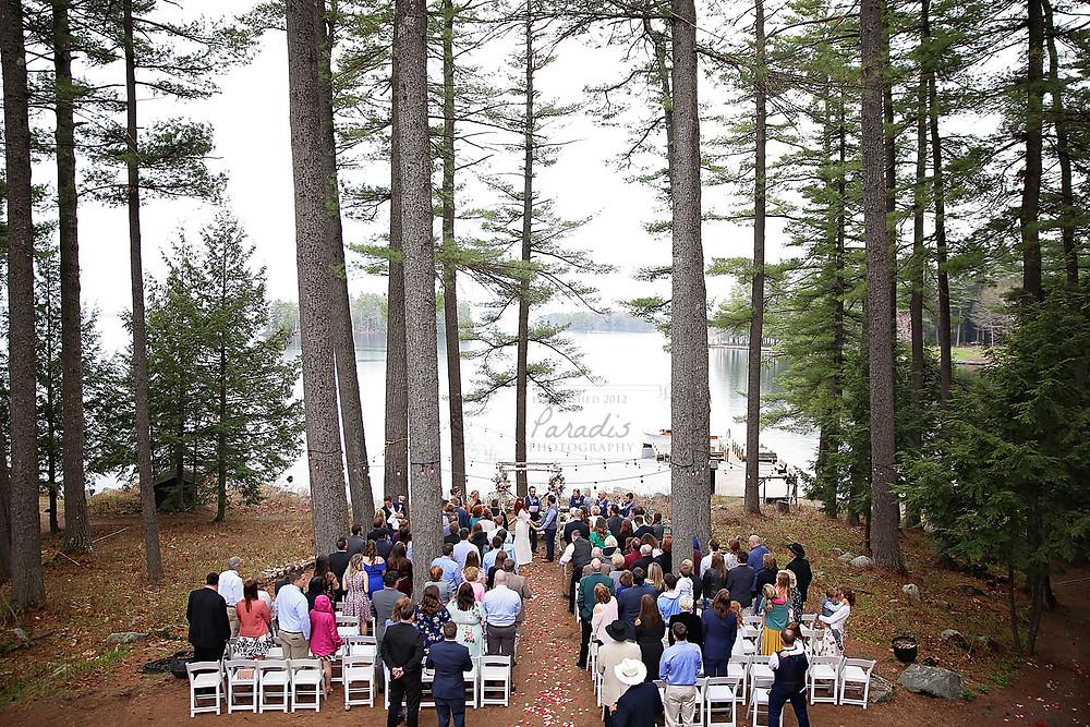 wedding ceremony at migis lodge in casco maine