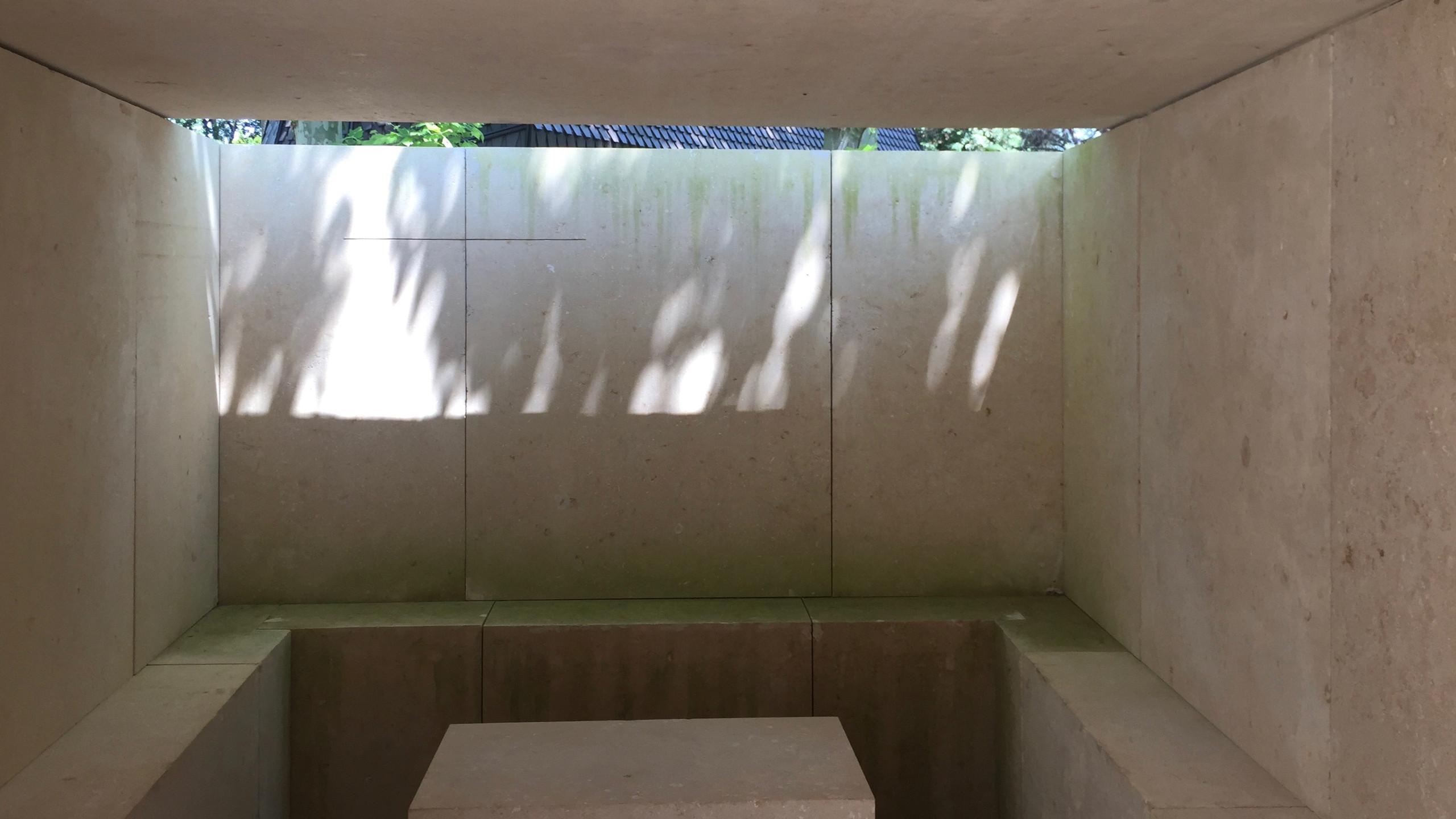 Eduardo Souto de Moura's Waldfriedhofkapelle für den Vatikanstaat