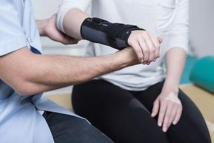 Poignet Blessure jambe Accident Dédommagement  Compensation Financière