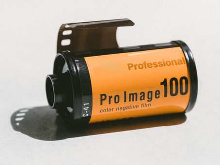 Will you use KODAK film to take your daily pictures today?