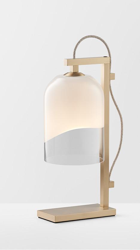 Articolo-Lighting-Moni-Table-Lamp-White-