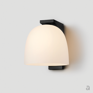 articolo-lighting-tubi-single-wall-sconce-black-electroplate-snow.png