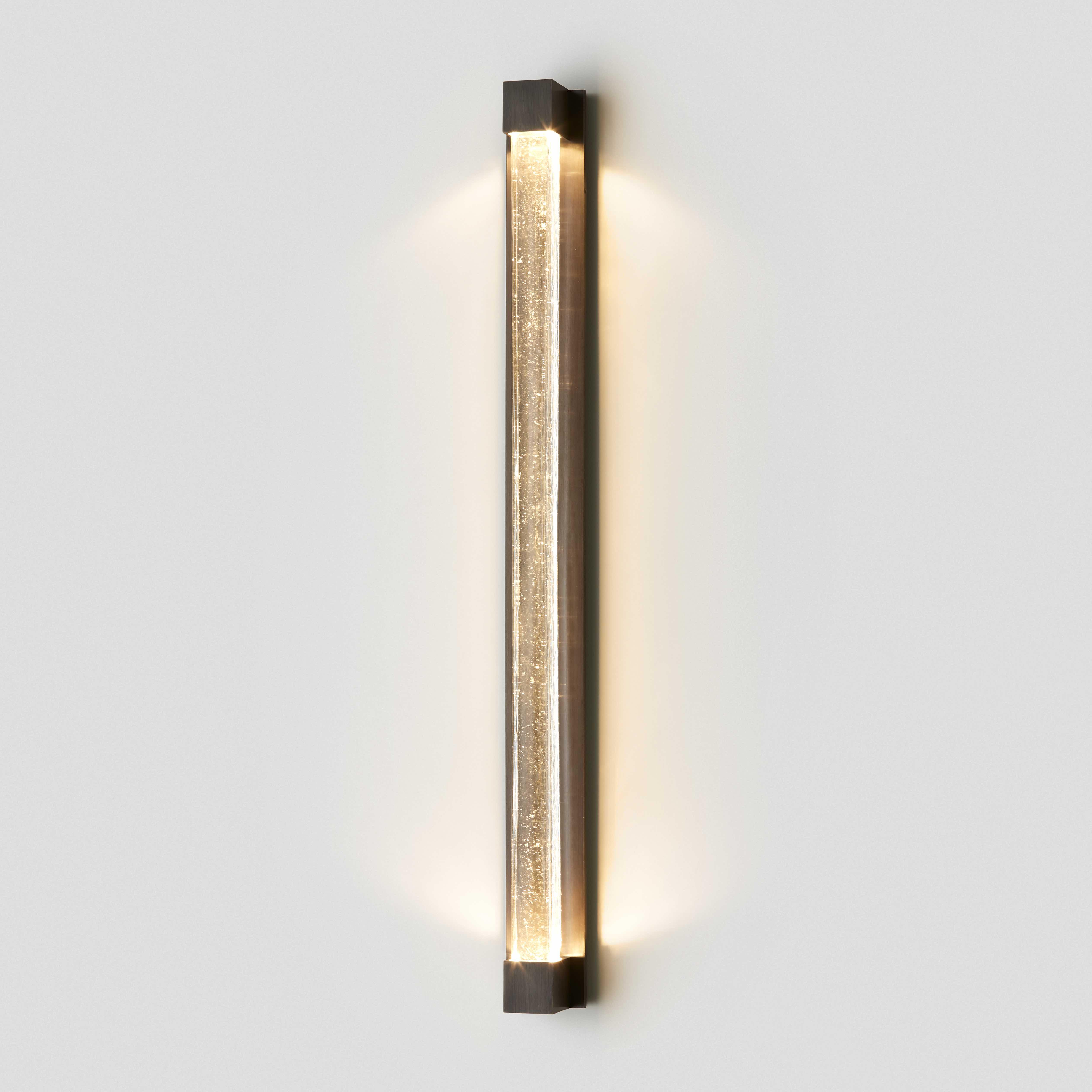 Articolo-Lighting-Fini-Wall-Sconce-Clear