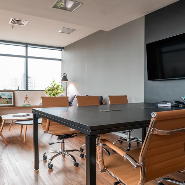 Sala de Reunião Apagada