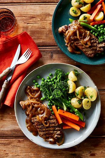 Porterhouse steaks with onion gravy 2.jp