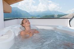 Suite piscina hotel Romanda Levico