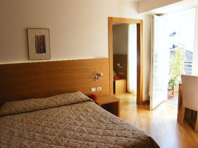 Camera Family Hotel Romanda Levico
